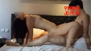【天津】【】上海学妹放假饥渴难耐飞回来打炮 -Chinese homemade video